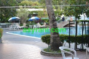 013 kolam renang